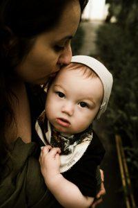 define attachment parenting